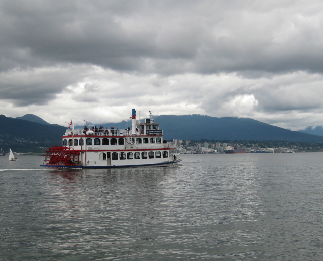 An authentic paddlewheeler - MPV Constitution